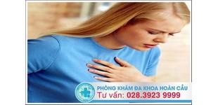 Đau tức ngực ở nữ giới: Triệu chứng không nên chủ quan